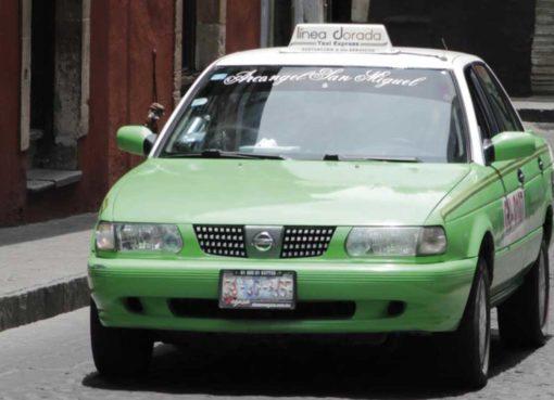 Baja demanda de taxis en Apaseo el Alto
