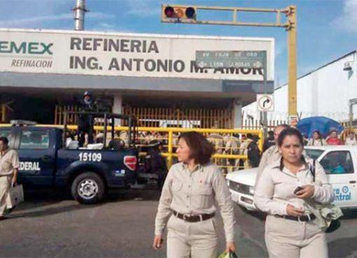 Sindicato de Trabajadores Petroleros en Salamanca suspenden actividades como medida de prevención al COVID-19