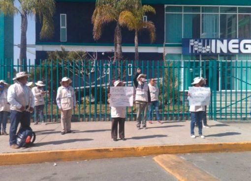 Se manifiestan encuestadores del INEGI en Querétaro por despido injustificado