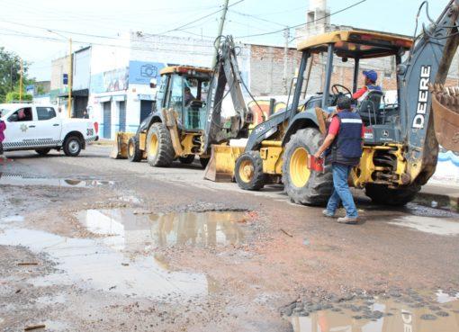 Inician obras de pavimentación de tres calles en Cortazar