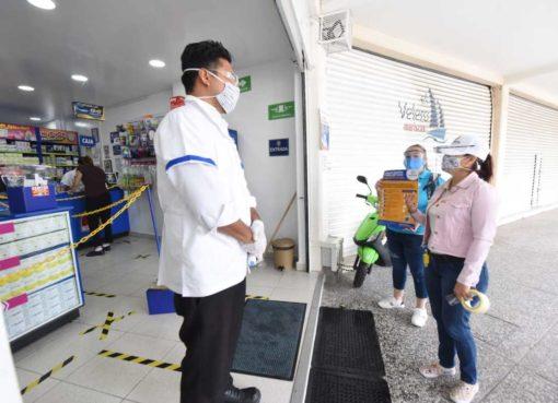 Brigadas de prevención contra el Covid-19 de Irapuato visitan negocios ubicados en plazas comerciales