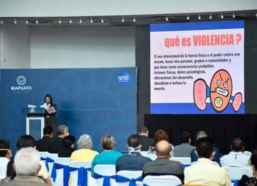 Alcalde de Irapuato arranca el programa 'Prevención de la Violencia Familiar y de Género'