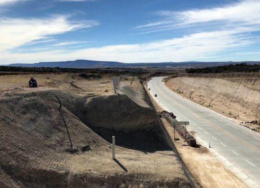 Mantiene SICOM en buenas condiciones red de carreteras de municipios del Rincón