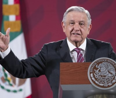 Respaldan gobernadores a AMLO frente a mandatarios que buscan romper Pacto Federal