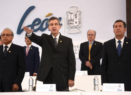Arrancará en proximas semanas modernización de semáforo en León