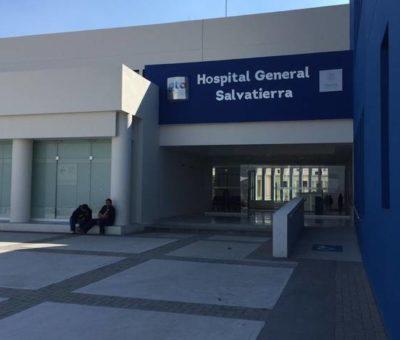 Entregan bebidas isotónicas a personal médico del Hospital de Salvatierra