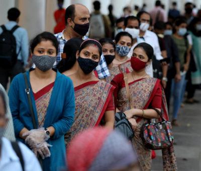 A la baja casos de COVID 19 en India