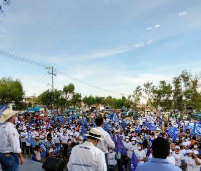 Suscribe compromisos Isaac Piña con habitantes de las comunidades