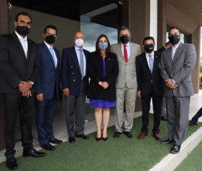 Alcaldesa brinda reconocimiento a la industria celayense por sostenerse durante la pandemia