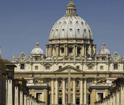 Empleados del vaticano no recibirán sueldo si no presentan pase sanitario