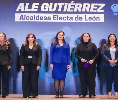 ALE GUTIÉRREZ PRESENTA A INTEGRANTES DE SU GABINETE