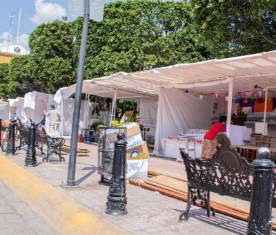 Se instalan tradicionales puestos de alfeñique en Cortazar