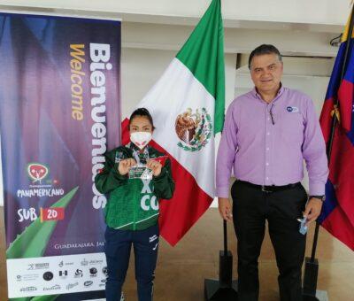 Yesica Hernández impone nuevo récord en Panamericano de Halterofilia